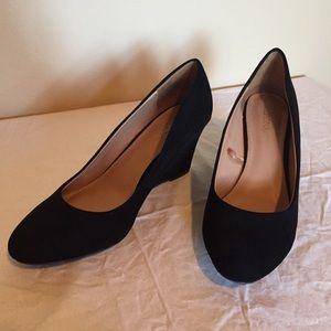 Merona black suede wedge heel